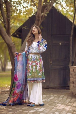 Noor By Sadia Asad Luxury Lawn Collection' blooming petals