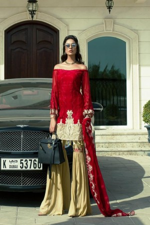 AmnaAqeel Formal Collection red